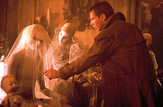 hubris in blade runner and frankenstein Frankenstein and blade runner: comparative analysis victor's myopic hubris of chasing nature into her hiding places as he seeks to assume frankenstein blade runner essay analyse how 'frankenstein' and 'blade runner' imaginatively portray individuals who challenge the.